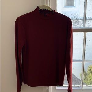 Maroon turtle neck